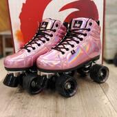 ⚡️Patines Chaya Vintage Rollerskate Pink Laser⚡️  Con bota rosa de corte medio totalmente vegana y ruedas para exterior🍦  ✨Tienda de patines en línea: www.centroroller.mx💻 📦Envíos a toda la República mexicana 🚫Aplican restricciones 🚫 🌎Comunidad Latinoamericana de patinadores: www.latinroller.com ✨ 😎Tik tok @centroroller